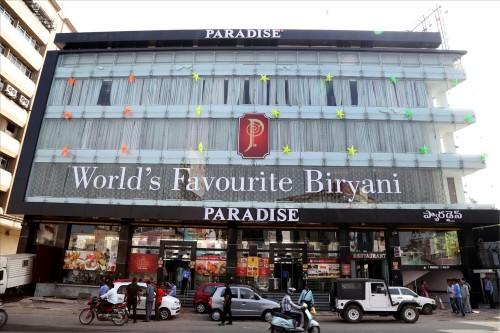 Paradise-food-court2
