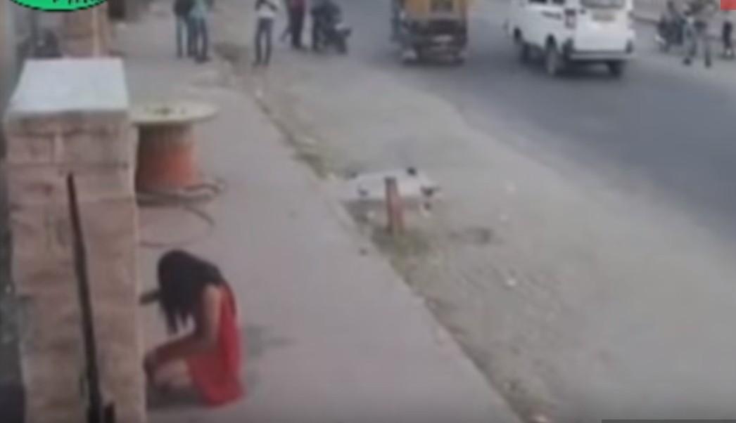 peeing in public