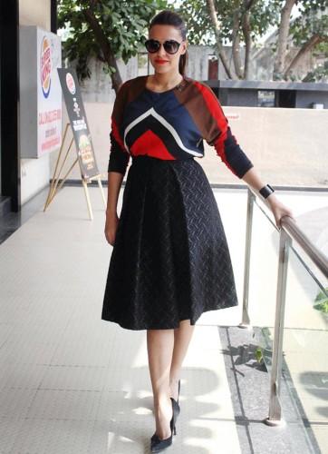 Neha Dhupia-Khurki.net