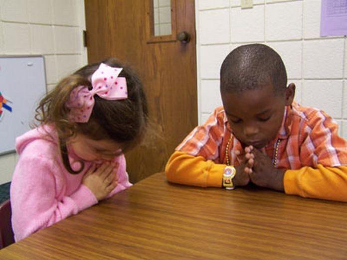 child-pray-khurki.net