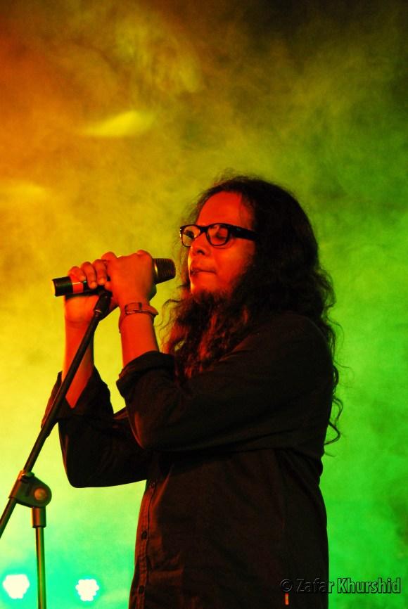 Lead vocalist for Agam - Harish Sivaramakrishnan