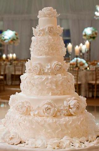 Crystal Cake Couture Khush Mag Asian Wedding Magazine
