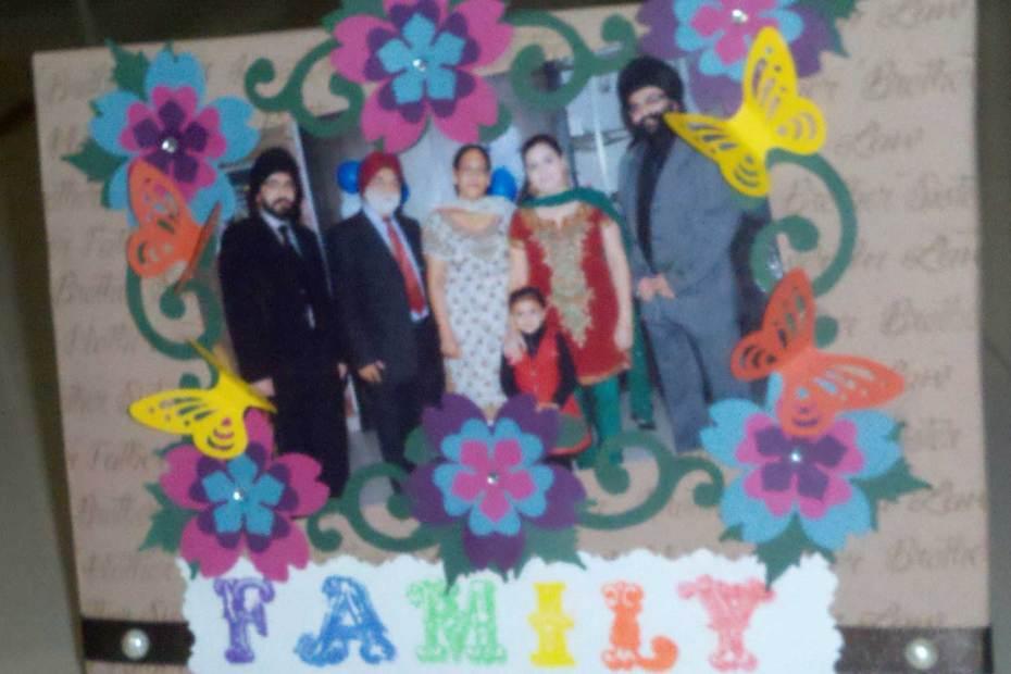 Family Frame Frame 1