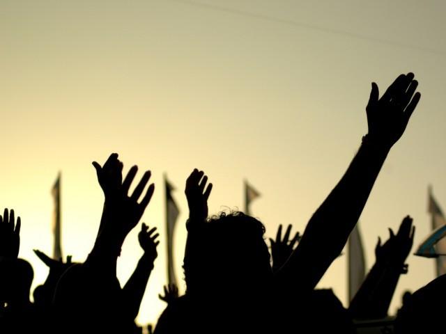 سوات مينګوره کښې دقومي وطن پارټي کارکنانو د ګراني خلاف احتجاج کړے