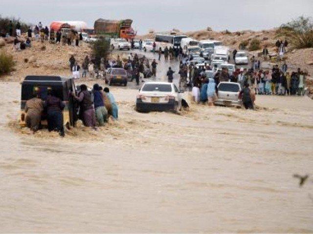 د بلوچستان په بيلابيلو ضلعو کښي د بارانونو سلسله روانه ده