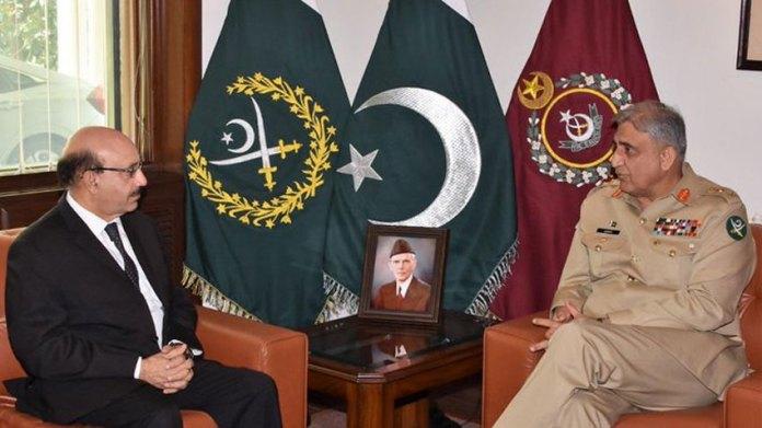 ارمى چيف جنرل قمر باجوه سره دازاد کشميرصدر مسعود خان ملاقات کړې