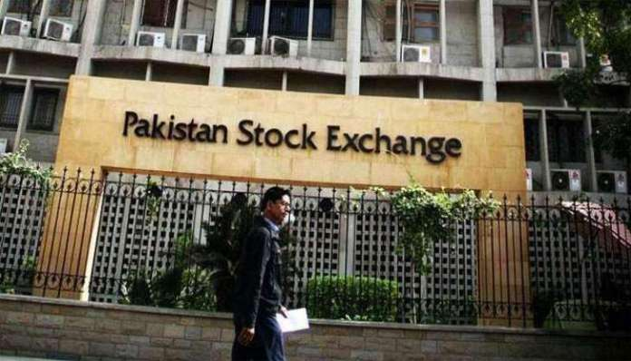 پاکستان اسټاک ایکسچینج کې کاروبار شروع کیدو په وخت مثبت روجحان وو