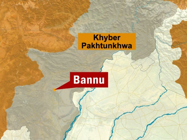 One killed, two injured outside local courts in Bannu