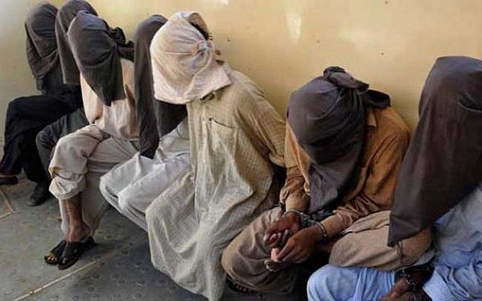 11 suspects arrested during search operations in Peshawar
