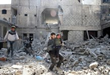 Death toll in Syria enclave tops 500 after UN delays truce vote
