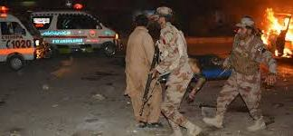 Four soldiers martyred, six injured in suicide blast in Quetta