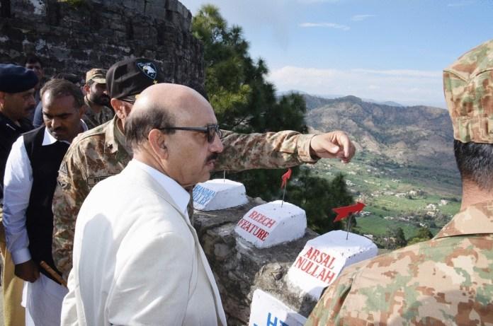 Bunkers to be set up along LoC: Masood Khan