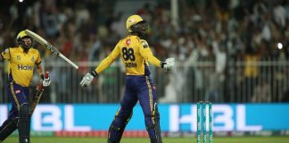 Sammy leads Peshawar Zalmi to sensational win against Quetta Gladiators