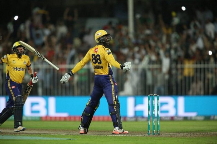 Sammy leads Peshawar Zalmi to sensational win against Quetta Gladiators