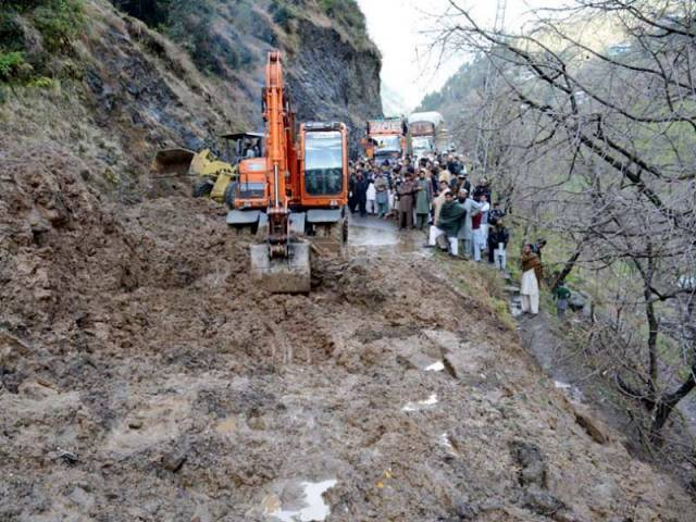 Three dead, six missing as landslide fall in Kohistan