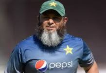 Sri Lanka likely to hire Mushtaq Ahmed after Murali's retirement