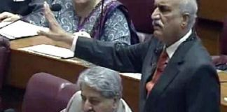 Opposition leader berates govt for not collecting taxes from majority population