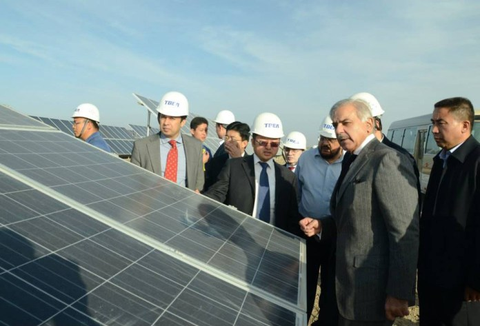 CJP takes notice of Quaid-e-Azam solar power plant, power companies
