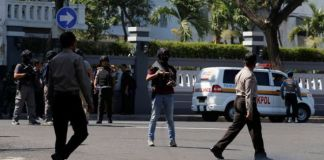 Four suicide bombers dead in Indonesia police HQ attack