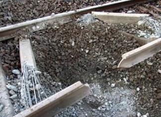 Blast damages railway track in Dasht