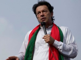 Imran Khan vows to oust corrupt rulers from country
