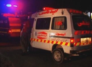 20 injured in bus-truck collision in DI Khan