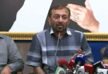 Farooq Sattar demands fresh intra-party elections to revive MQM-P