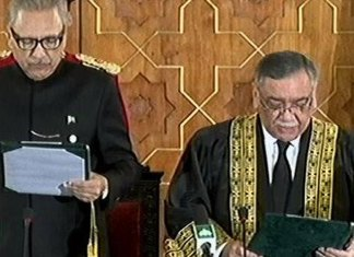 Justice Asif Saeed Khosa takes oath as 26th CJP