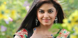 Bollywood star Meera Chopra lauds PM Imran for gesture of peace