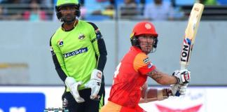 Islamabad United, Lahore Qalandars fight for playoff qualification tonight