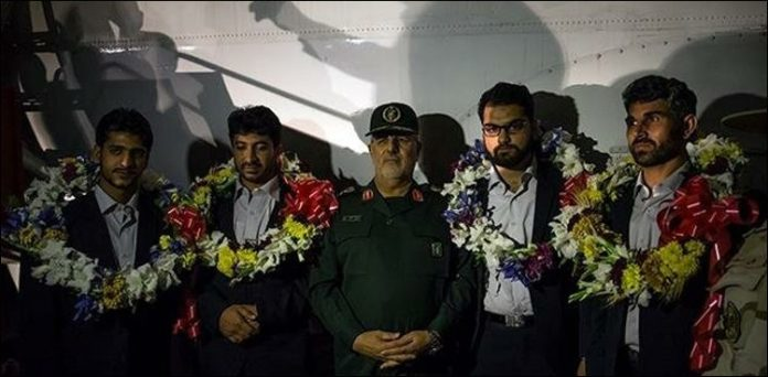 Four Iranian soldiers rescued by Pakistan military return home