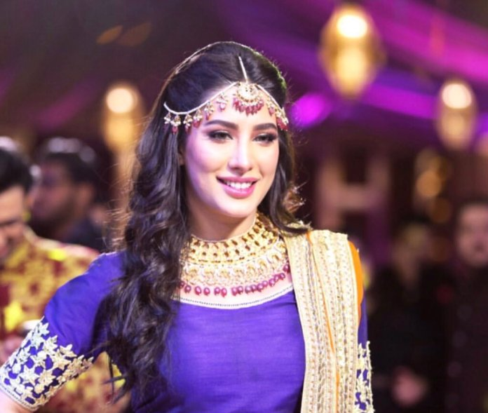 Mehwish Hayat to be awarded Tamgha-i-Imtiaz on Pakistan Day