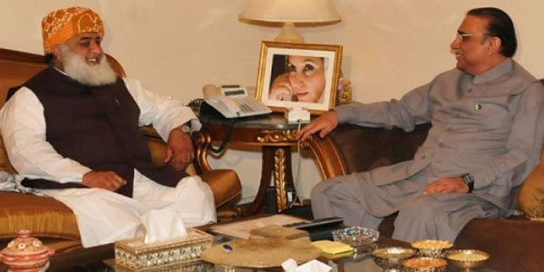 Zardari, Fazal agree to launch anti-govt movement after Eid-ul-Fitr