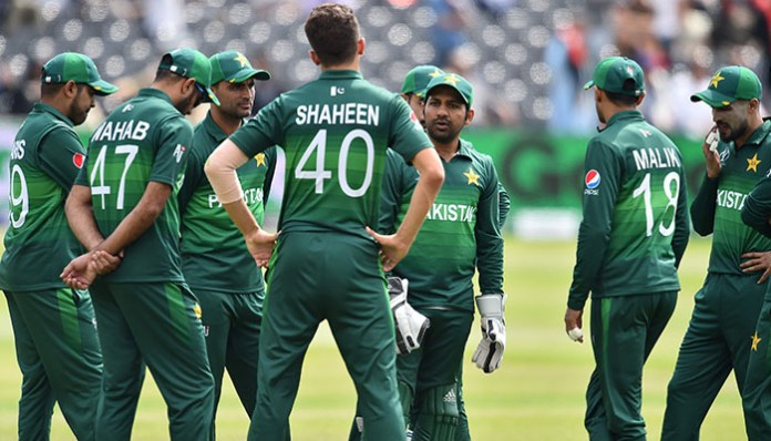 Cornered Pakistan need to get into attack mode