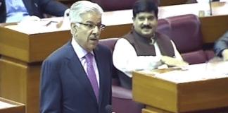 Khawaja Asif demands Nawaz Sharif's release after judge's video controversy