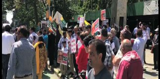 Protesters rally held outside UN office in New York against India