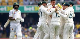 Australia close on victory despite Babar's resistance for Pakistan