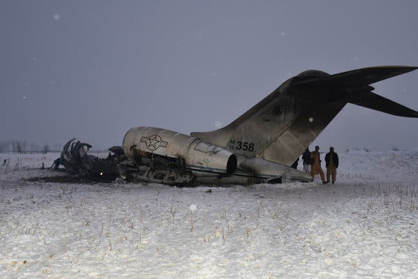 Taliban clash with Afghan forces on crashed US military aircraft site