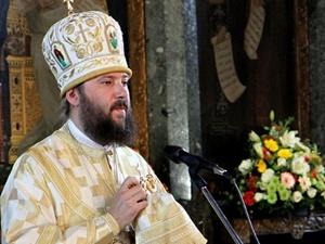 «Большая часть украинского духовенства живет довольно скромно», - говорит Владыка Антоний. Фото: пресс-служба Украинской православной церкви.