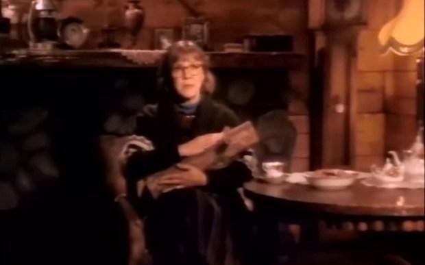 Скончалась звезда фильма'Твин Пикс'Дама с поленом запомнилось нашему зрителю