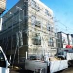 札幌市内マンション 足場設置作業
