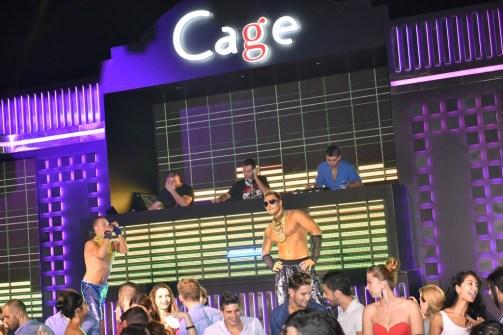Cage Club - 022