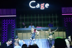 Cage Club - 31