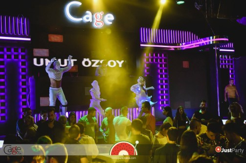 Cage Club - White Swan - 039