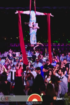 Cage Club - White Swan - 049