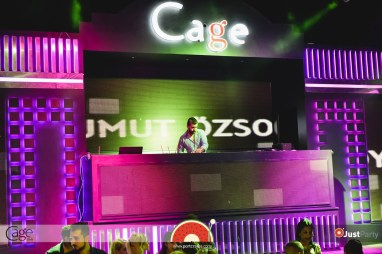 Cage Club - White Swan - 057