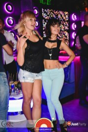 Cage Club - White Swan - 070