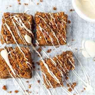 Biscoff Blondies with white chocolate drizzle | kickassbaker.com #biscoff #blondies #brownies #nutfree #recipes #baking #kickassbaker #treats