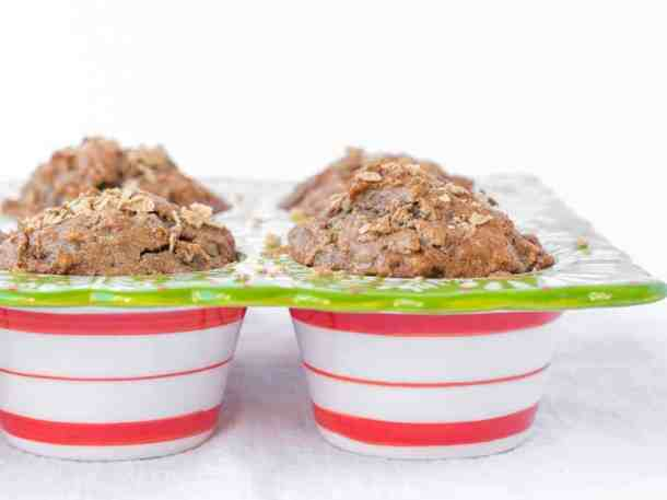 Paleo Apple Muffins   kickassbaker.com Made with gluten-free, dairy-free ingredients for a healthy, delicious breakfast or snack #paleo #apple #muffins #easyrecipes #glutenfree #dairyfree