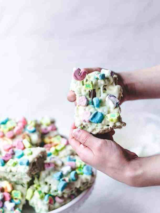 St. Patty's Day Lucky Charms Treats | kickassbaker.com #stpattysday #stpatricksday #treats #green #easyrecipes #kidfriendly #luckycharms #cerealtreats #ricekrispietreats #kickassbaker